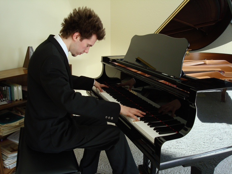 Free Piano Lesson Videos. | Learn How To Play Piano ...